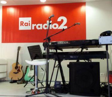 palco di Radio 2, allestimento suono, strumenti musicali