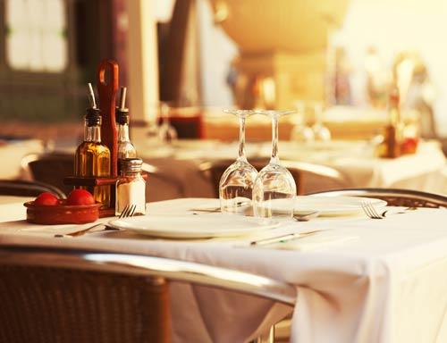 Tavolo da pranzo alla Trattoria Re Savi a Castel Maggiore
