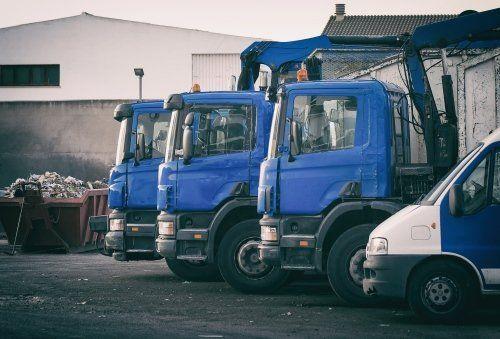 dei mezzi per trasporto materiale da riciclo