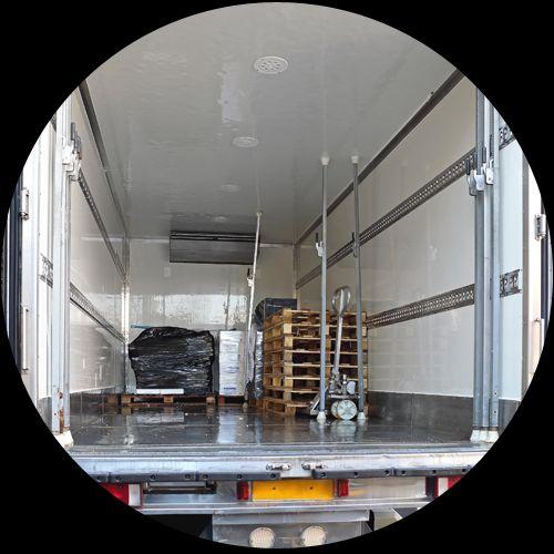 Realizzazione di un impianto di refrigerazione nel rimorchio di un camion