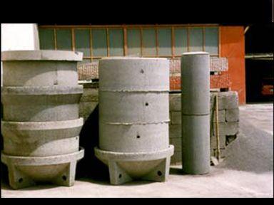 blocchi in cemento, chiusura capannoni, pozzetti in cemento