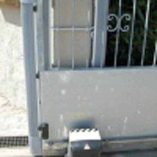 meccanismo di un cancello automatizzato
