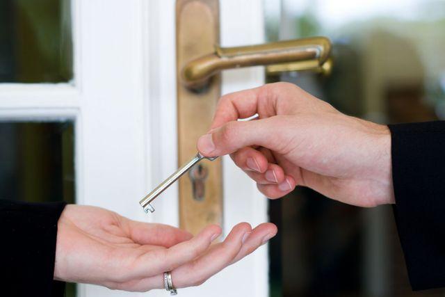 A homeowner receiver their keys