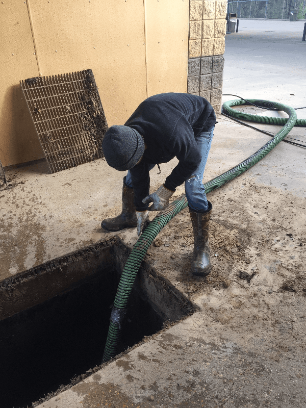 Grease trap cleaning in Shreveport