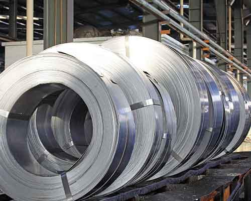 metallo lavorato pronto per essere consegnato