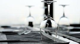 bicchiere, coltello, forchetta
