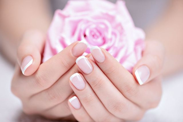 gel french nails spa concept