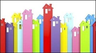 Modelli colorati di case