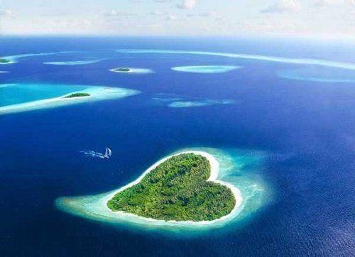 Isola a forma di cuore