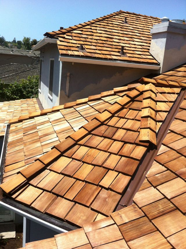 Cedar Wood Shake Best Roofing Contractor Cost Of New