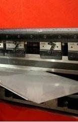 lavorazione di piegatura da Metaltecnica Milano Cormano