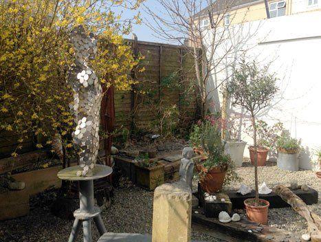sculpture courtyard