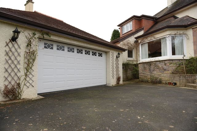 Garage Door Suppliers In Peterhead Aberdeenshire