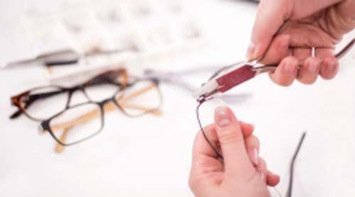 montature per occhiali, laboratorio interno, controllo della vista