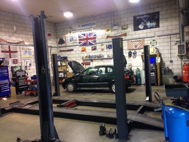 Car Garage Repairs Swindon