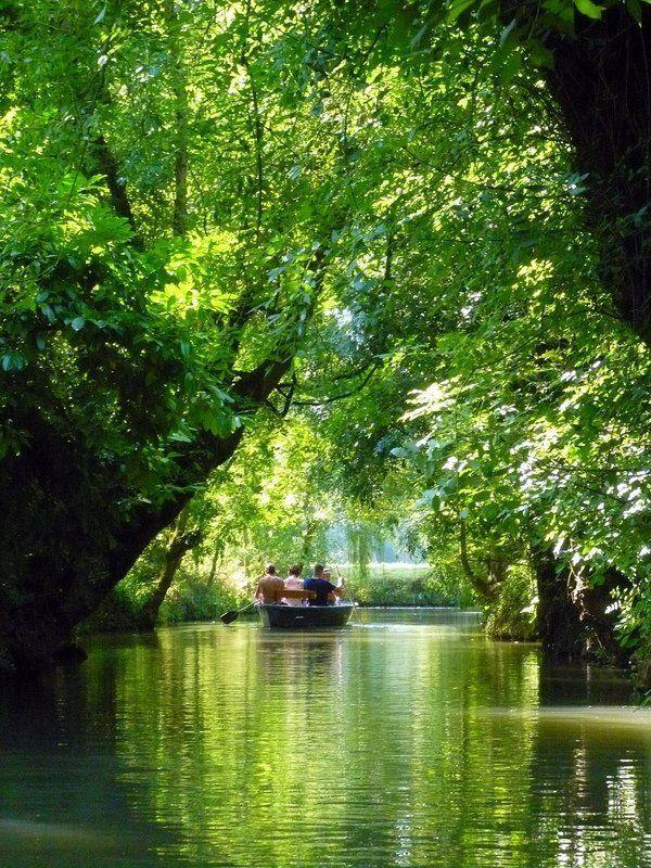 marais-poitiven-venis-vert-boating