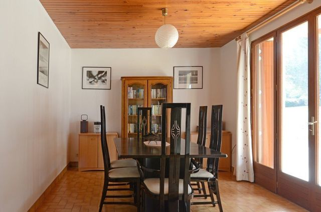 gite-dining-room