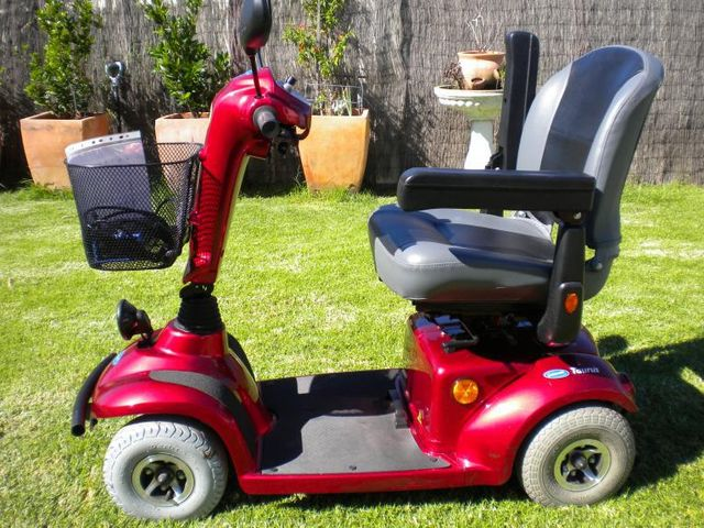 Invacare Taurus, Meteor, Auriga, electric mobility scooter, sales repair, Nowra, Wollongong, Shellharbour, Kiama, cheap, budget, fast, Heartway, Drive medical