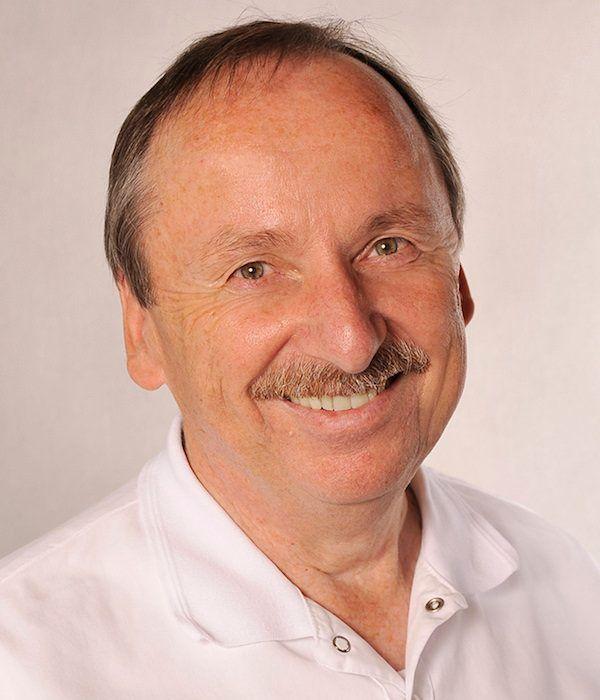 Dr. Rüdiger Suraschek, Zahnarzt in Neusäß bei Augsburg: Ästhetische Zahnheilkunde mit Bleaching, Veneers, weißen Zahnfüllungen und mehr