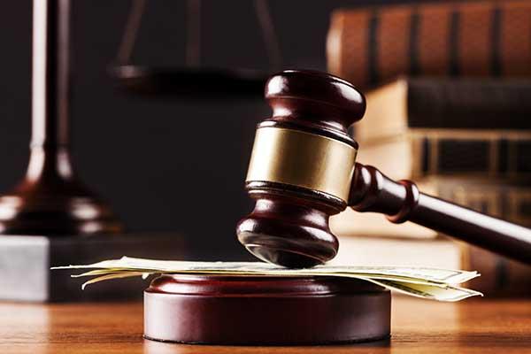 martello del giudice a Palermo