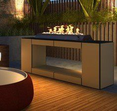 Outdoor gas fireplace with freestander