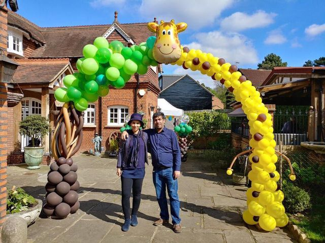 CORPORATE AND THEMED BALLOONS