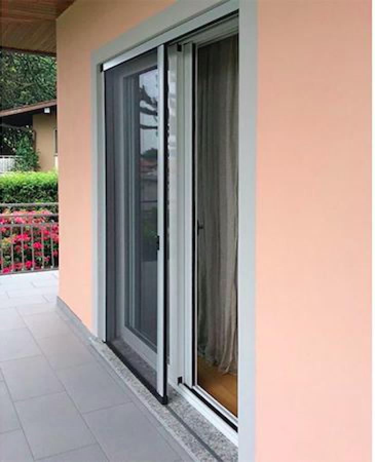 Modelli di zanzariere per porte finestre zanzariera per a battente anta with modelli di - Zanzariera mobile ...