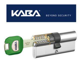 logo Kaba e una chiave che entra in una serratura
