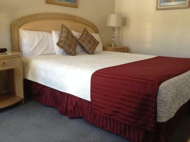 Solvang Inn and Cottages - Best Cottages & Inn call 800.848.8484