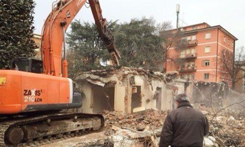 Le demolizioni sono calcolate con accuratezza