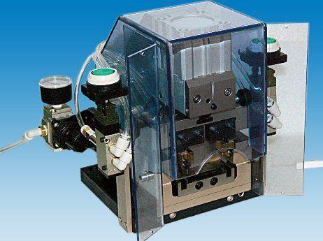 Macchina automatica taglio preformatura e posizionamento filtri nastrati