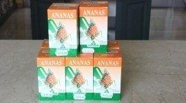delle confezioni di Ananas