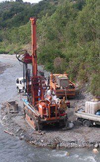 trivellazioni per palificazioni, consolidamenti, consulenza geochimica