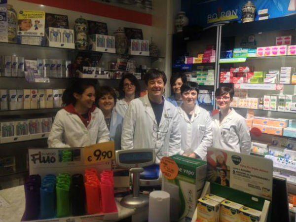il team esperto della farmacia, professionale e cordiale