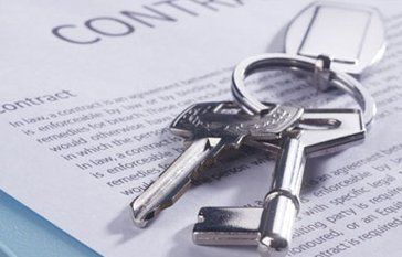 house keys on contract