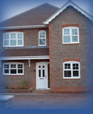 Looking for brickwork contractors? Call today on 01582 342 810