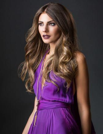 long hair-curly hair-beauty-hairdressers-in-muswell-hill-n10-london-salons-kayandkompany-organic-salon-hair-beauty-salons-northlondon