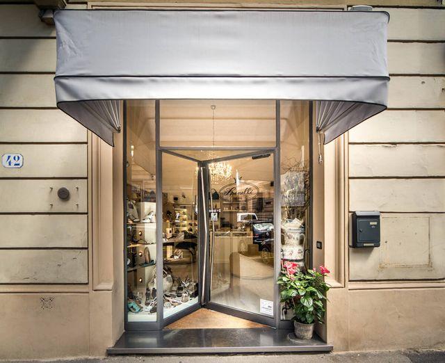 Calzature ed accessori per donna a Firenze