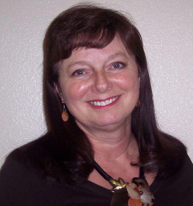 Kneshia Registered Dental Hygienist Kingman, AZ.