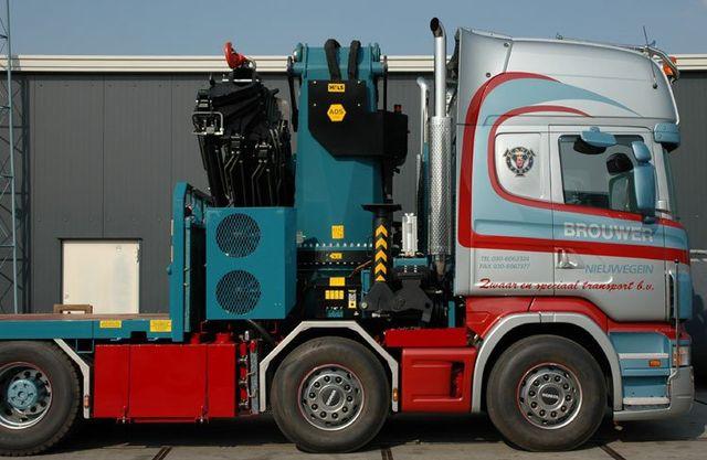 HIAB on tractor unit