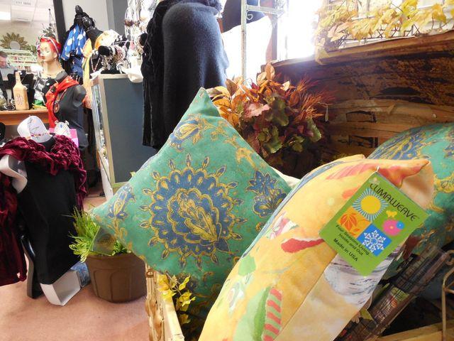 indoor outdoor decorative pillows, throw pillows