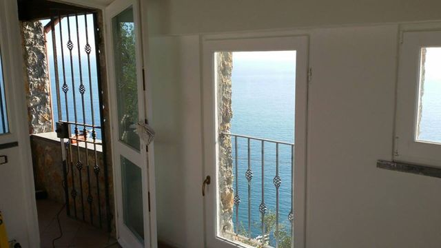 Porta finestra sul mare