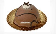 un dessert con gocce di cioccolato