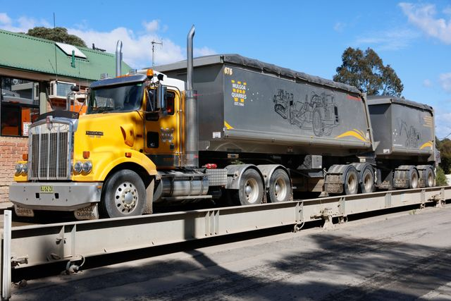 Get Bulk Tipper Services in Sydney