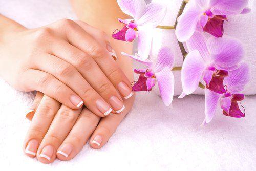 Manicure - Cura del corpo all'Estetika Luana a Ora