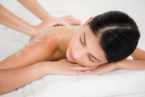 Massaggio rilassante all'Estetika Luana a Ora