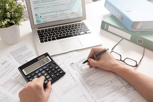 10 Reasons You Should Hire a Bookkeeper for Your Startup