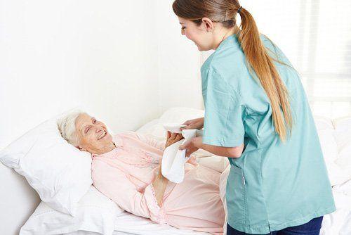 personale, mentre la cura e l'igiene per gli anziani a casa riposo