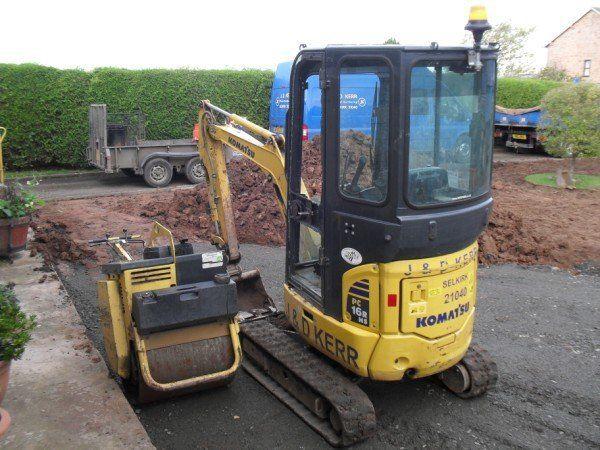 Road levelling equipment