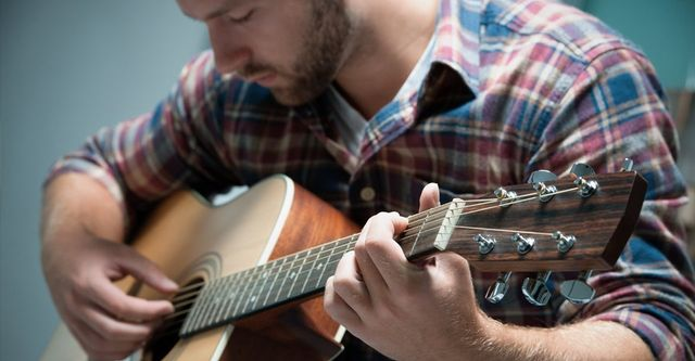 Acoustic Guitar Lessons Framlingham Area